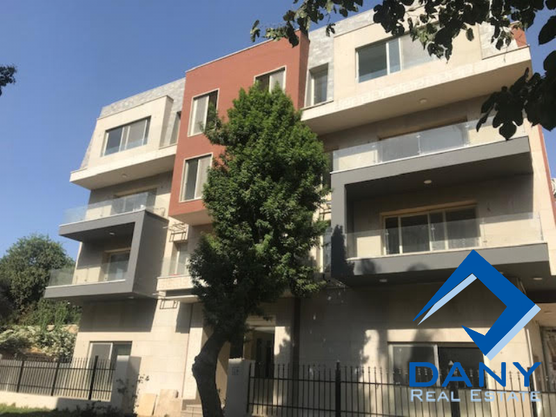 Residential Duplex For Sale in Maadi Sarayat - Great Cairo - Egypt